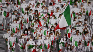 La délégation italienne lors de la Cérémonie d'ouverture des Jeux olympiques 2020 dans le stade Olympique de Tokyo