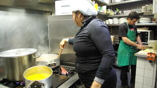 """Maria de Oliveira, """"chef"""" do restaurante Porta da Selva"""
