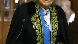 Жаклин де Ромийи в библиотеке Французского института, 4 декабря 2003 года