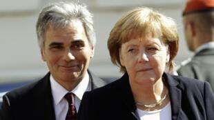 Le chancelier autrichien Werner Faymann et la chancelière allemande Angela Merkel se sont entretenus vendredi 7 septembre sur la question de la crise de la dette.