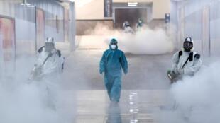 新冠病肺炎疫情中武漢長沙的消毒工作資料圖片