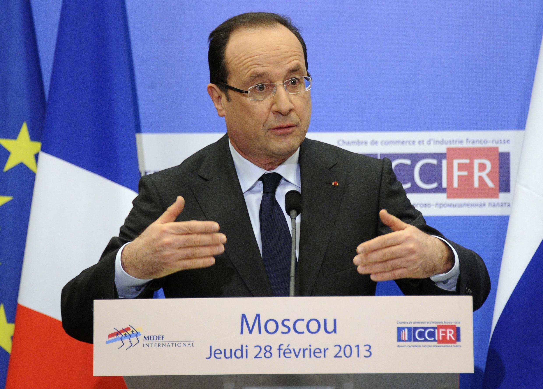 O presidente François Hollande em seu primeiro dia de visita oficial à Rússia