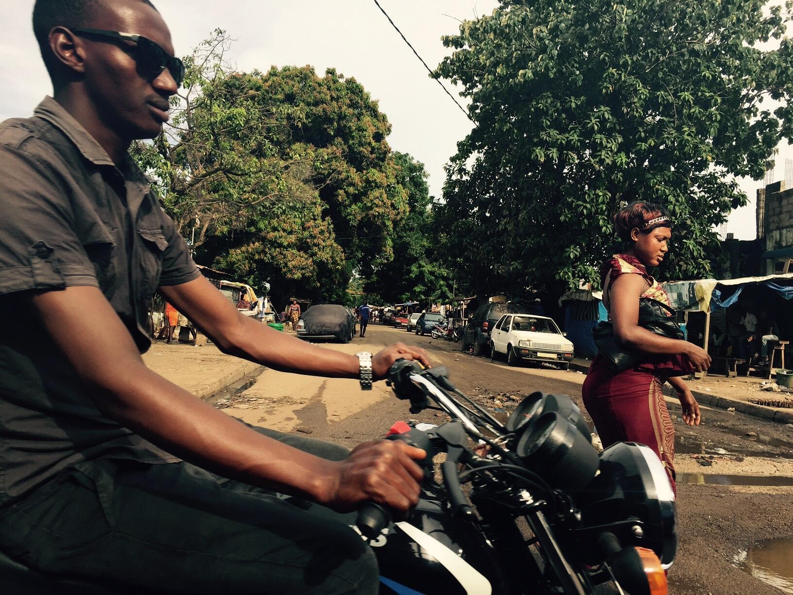 Dans le quartier de Coronthie, à Conakry.