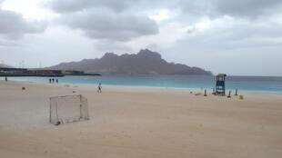 Baía de Mindelo, ilha de São Vicente. Cabo Verde. Imagem de arquivo.