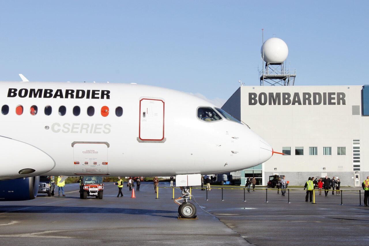 Quyết định tự tăng 50% lương cho một số lãnh đạo tập đoàn Bombardier đã làm cho người dân Québec phẫn nộ.