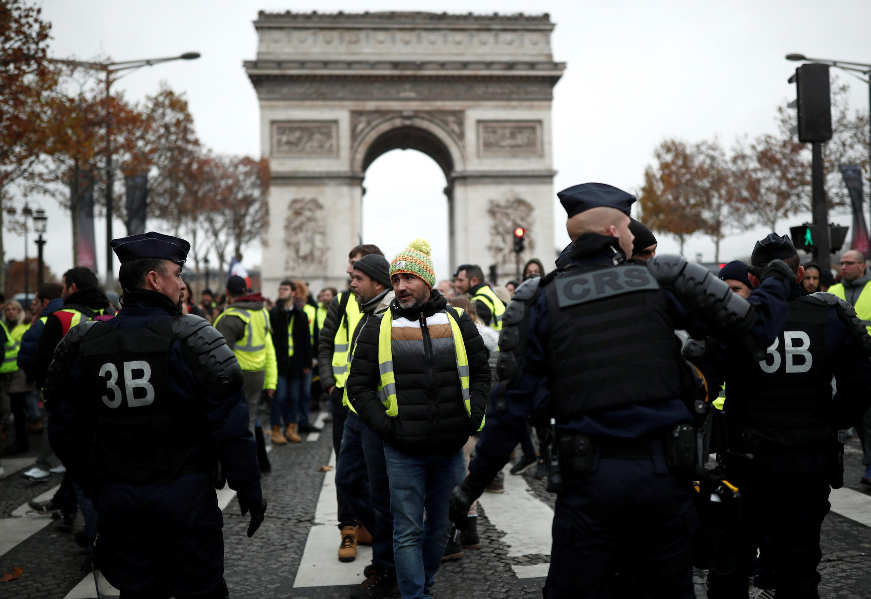 Taron masu zanga-zanga a Paris na kasar Faransa