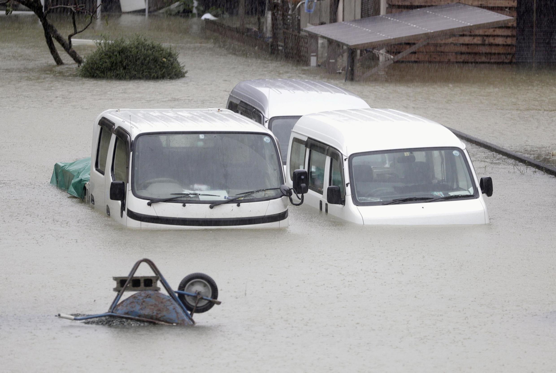 Zona residencial inundada en Ise, prefeitura de Mie, (na região central do Japão), antes da chegada do furacão Hagibis.
