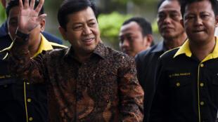 Setya Novanto à son arrivée au siège de la KPK, à Jakarta (Indonésie) le 14 juillet 2017.