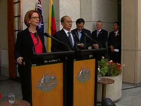 Tổng thống Miến Điện Thein Sein và Thủ tướng Úc Julia Gillard trong cuộc họp báo chung ngày 18/03/2013.