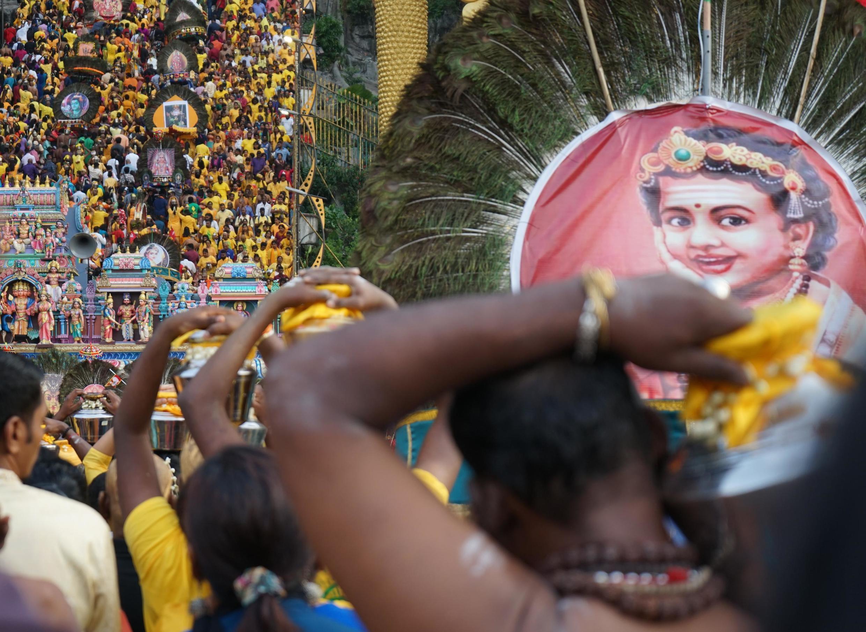 8 февраля 2020 года более миллиона паломников-индуистов собрались у грота Бату