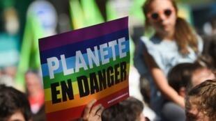 Des manifestants lors de la marche pour le climat à Paris, le 21 septembre 2019 (image d'illustration).