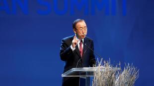 Ban Ki-moon, secrétaire général de l'ONU, lors de son discours d'ouverture du 1er Sommet humanitaire mondial à Istanbul, le 23 mai 2016.