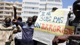 Justiça liberta opositor após manifestações de protesto no Senegal