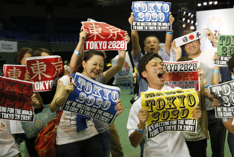 La joie des habitants de Tokyo à l'annonce de la victoire de leur ville pour l'organisation des JO 2020.
