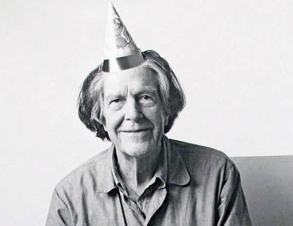 Para o genial John Cage, o silêncio na música era um som.