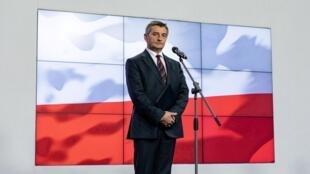 Marek Kuchcinski, président du Parlement polonais, annonce lors d'une conférence de presse à Varsovie, le 8 août 2019, qu'il va démissionner.
