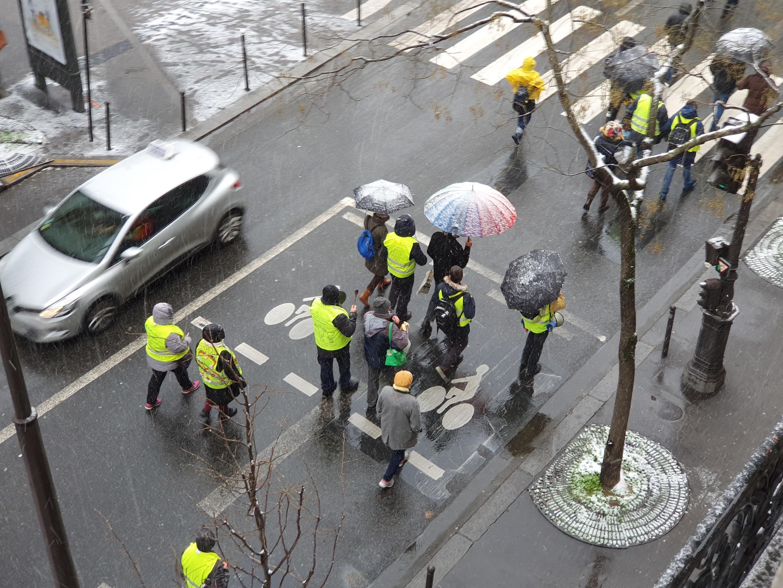 Акция Желтых жилетов в Париже 16 января