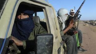 Kundi la wanajeshi wa MNLA kutoka jamii ya Tuareg klatika mji wa Kidal, Februari 4 mwaka 2013.