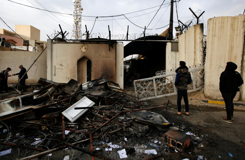 Lãnh sự quán Iran tại Najaf (Irak) ngày 28/11/2019 sau khi bị người biểu tình Irak tràn vào và phóng hỏa hôm trước.