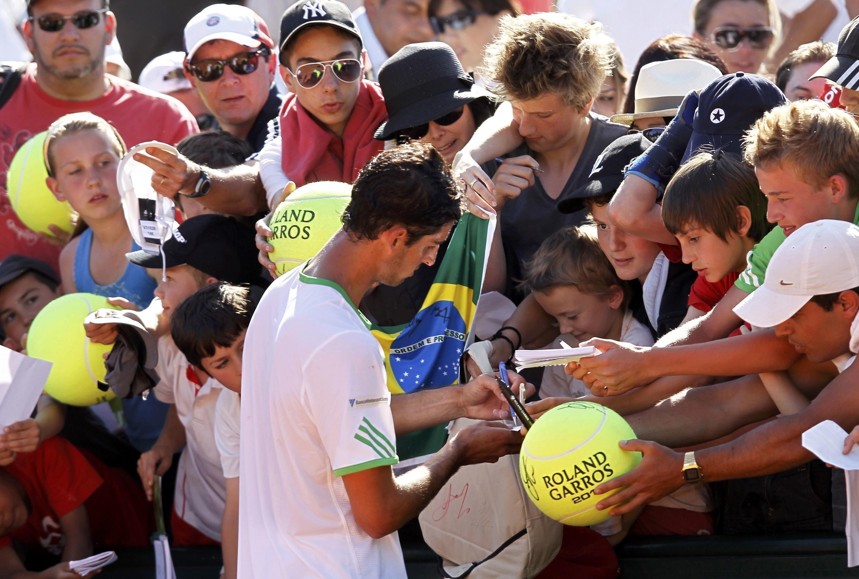 O brasileiro Thomaz Belluci, enfrentará o francês Richard Gasquet nesta sexta-feira(27).