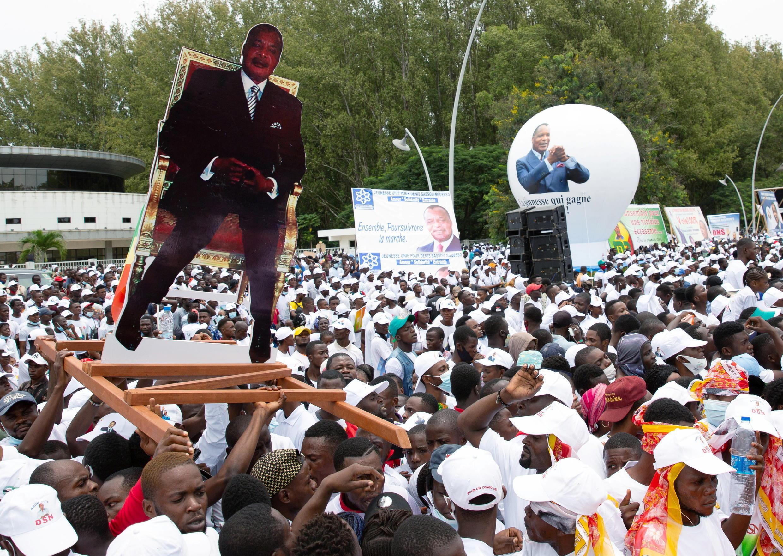 Mkutano wa wafuasi wa Denis Sassou Nguesso, mgombea wa urais anayemaliza muda wake, Brazzaville  Machi 19, 2021..