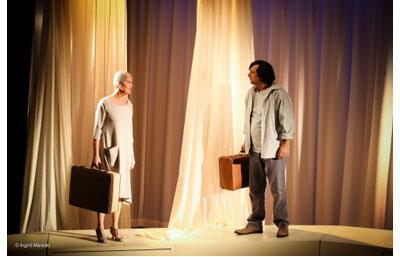 Josiane Pinson et Serge Riaboukine, dans la pièce «Les vaisseaux du coeur» au Théâtre du Petit Montparnasse.