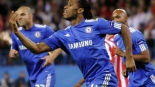 L'Ivoirien Didier Drogba qualifie Chelsea.