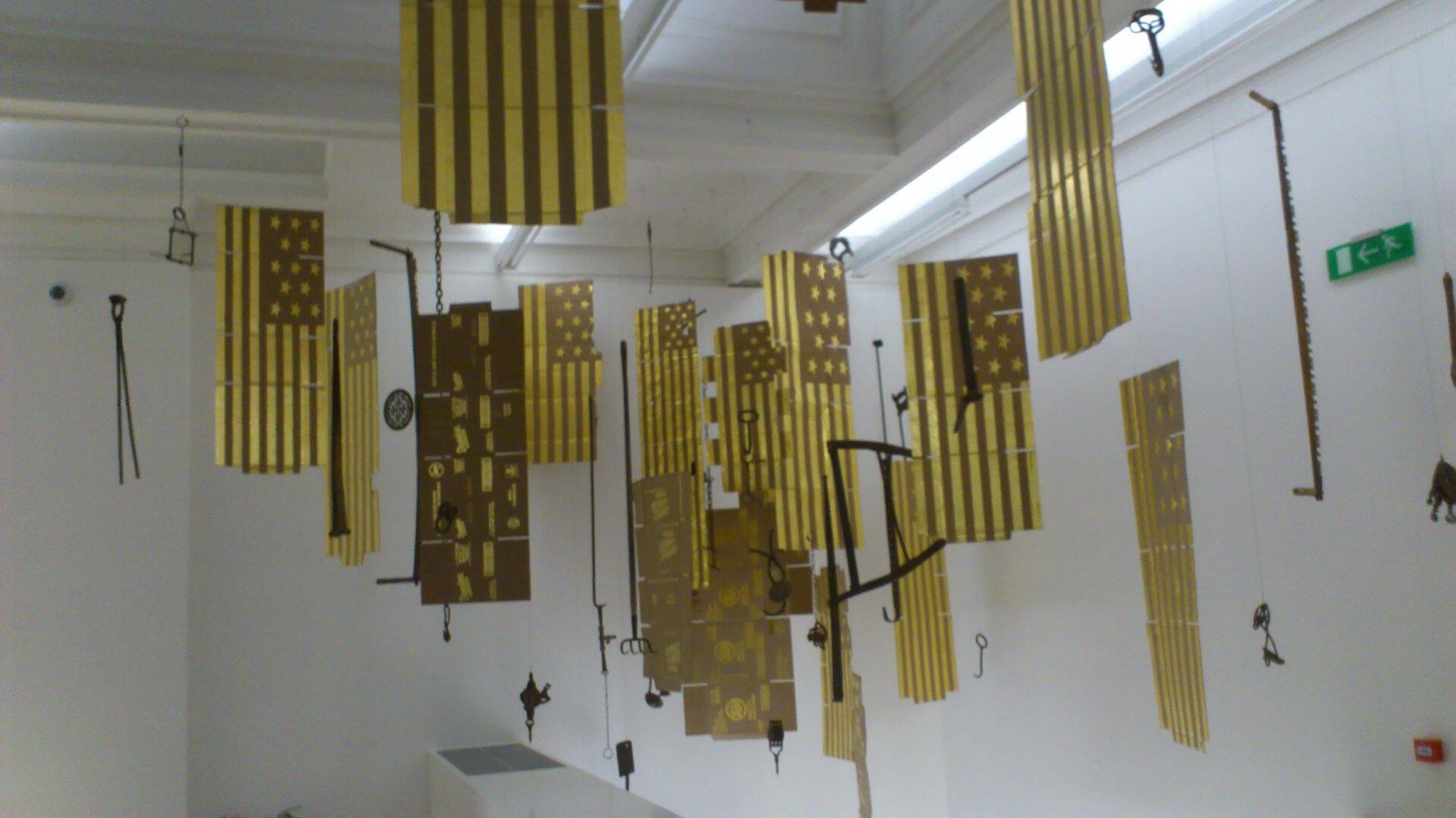 Một góc triển lãm Võ Trung Kỳ Danh tại Luân Đôn.
