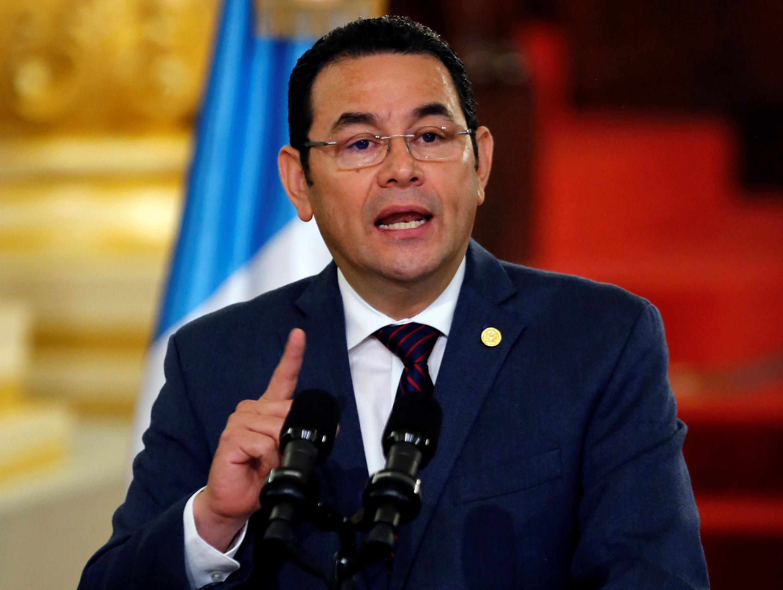 Jimmy Morales habla desde el Palacio Nacional de la Cultura, en Ciudad de Guatemala, este 6 de septiembre de 2018.