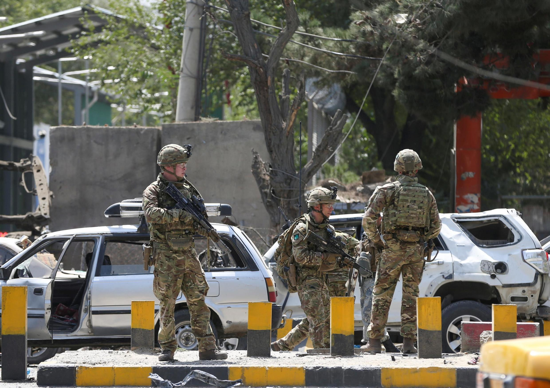 طالبان ﻣﺳﺅولیت حمله تروریستی انتحاری در روز پنجشنبه ۵ سپتامبر / ۱۴ شهریور در کابل که به کشته شدن دو تن از سربازان ناتو انجامید، را برعهده گرفت.