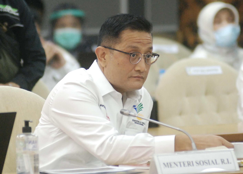 indonesie-ministre-Juliari-Batubara