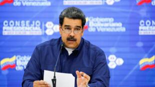 Le président du Venezuela, Nicolas Maduro, prend la parole lors d'une réunion avec des ministres et des membres du gouvernement liés au secteur de la science et de la technologie à Caracas, au Venezuela, le 18 février 2019.