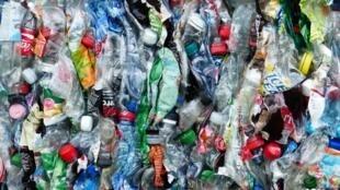 Rác thải nhựa được thu gom để tái chế. Ảnh minh họa.