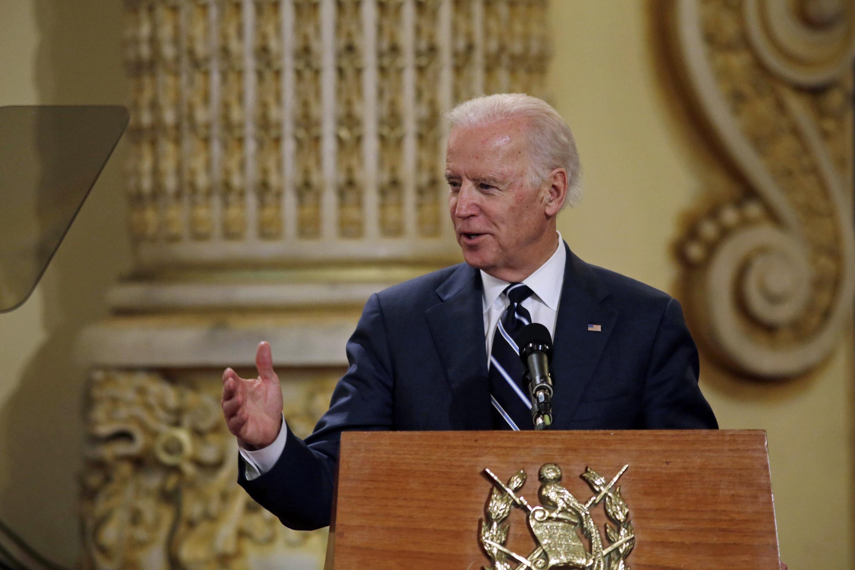 El vicepresidente norteamericano, Joe Biden, pronuncia un discurso en el palacio presidencial de Ciudad de Guatemala el 2 de marzo de 2015.