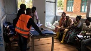Segunda vacina para combater o ébola começou a ser usada na República Democrática do Congo.