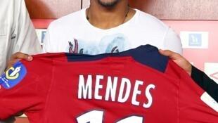 Ryan Mendes, avançado cabo-verdiano que joga em França.