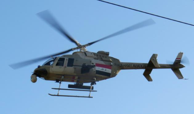 Helikopta aina ya Bell 407 ya jeshi la Iraq ikipaa karibu na mji wa Ramadi, Januari 15, 2016.