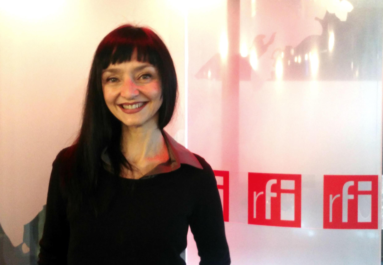 A atriz portuguesa Maria de Medeiros estreia novo espetáculo em Paris e foi entrevistada pelo RFI Convida.