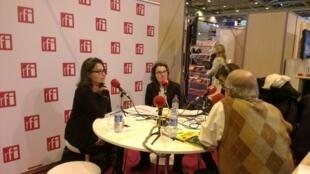 As apresentadoras Adriana Brandão e Adriana Moysés, e os professores de português Clara Chagas e Lamartine Bião