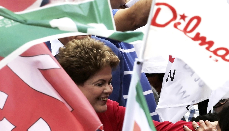 A candidata-presidente Dilma Rousseff em campanha em São Paulo no último sábado (20).