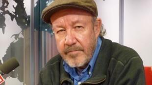 Alberto Blanco en los estudios de RFI