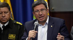 Le ministre équatorien de l'Intérieur, César Navas.