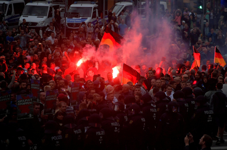 Protesto de Ultradireitistas contra estrangeiros em Chemnitz reavivou os fantasmas da xenofobia.
