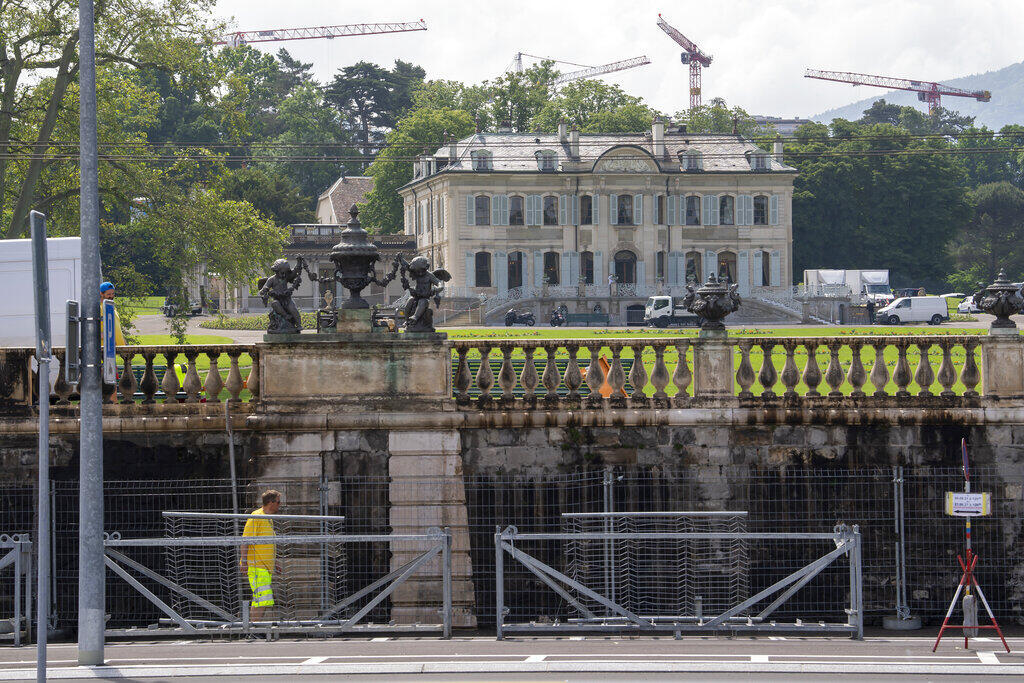 Villa La Grange Putin Biden