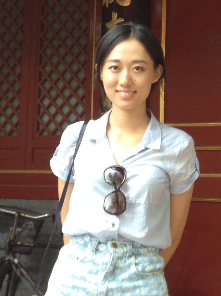 Kejia Peng, 21 ans, passionnée de la littérature française, de danse et de théâtre.