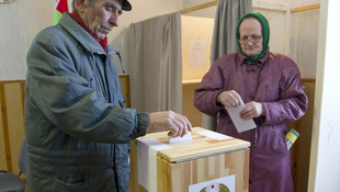 Belarus citizens vote