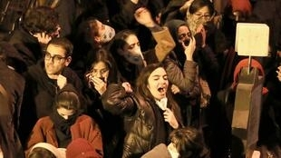 (Ảnh minh họa) Sinh viên biểu tình trước đại học Amirkabir, Teheran, ngày 11/01/2020.
