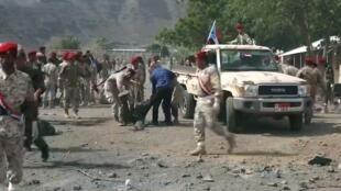 Bangaren sansanin jami'an tsaron Yemen na Al-Jala dake yammacin birnin Aden da 'yan tawayen Houthi suka kaiwa farmaki.