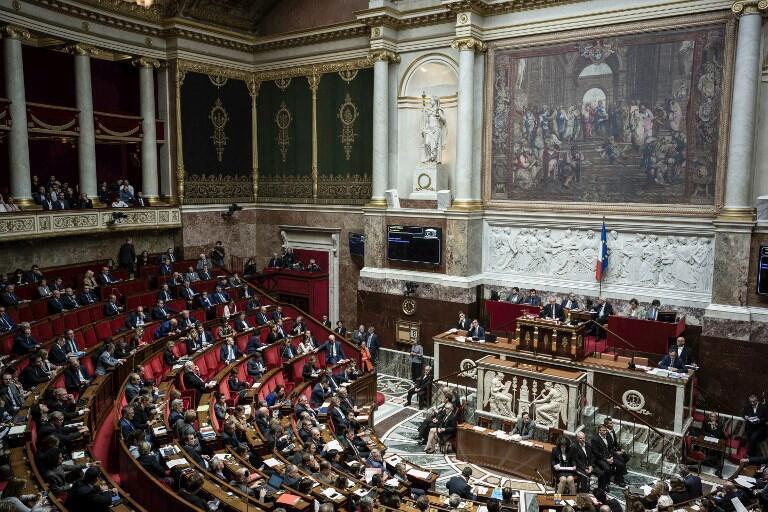 پارلمان فرانسه روز چهارشنبه ۱۸ اکتبر بطور نهایی قانون ضد تروریستی پیشنهادشده از سوی دولت را تصویب کرد.