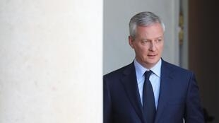 French Finance Minister Bruno Le Maire and state-controlled utility EDF Chief Executive Jean-Bernard Levy arrive for a news conference about EDF's long-delayed Flamanville nuclear plant, at the Bercy Finance Ministry in Paris, France, October 28, 2019.